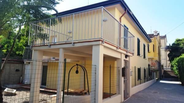 Soluzione Indipendente in Affitto a La Spezia