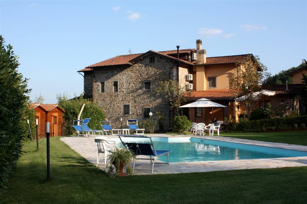 Rustico / Casale in vendita a Montecatini-Terme, 12 locali, prezzo € 1.020.000 | CambioCasa.it