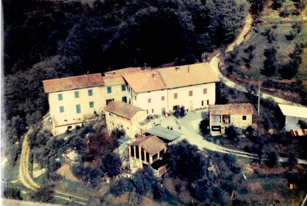 Soluzione Indipendente in vendita a Montecatini-Terme, 12 locali, prezzo € 525.000 | CambioCasa.it