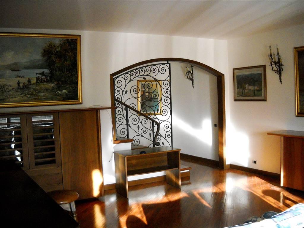 Villa a Schiera in affitto a Pieve a Nievole, 6 locali, prezzo € 1.100 | CambioCasa.it