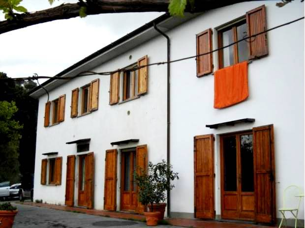 Soluzione Indipendente in vendita a Montecatini-Terme, 10 locali, prezzo € 470.000 | CambioCasa.it