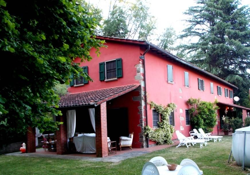 Rustico / Casale in vendita a Buggiano, 14 locali, zona Località: COLLE DI BUGGIANO, prezzo € 550.000 | CambioCasa.it
