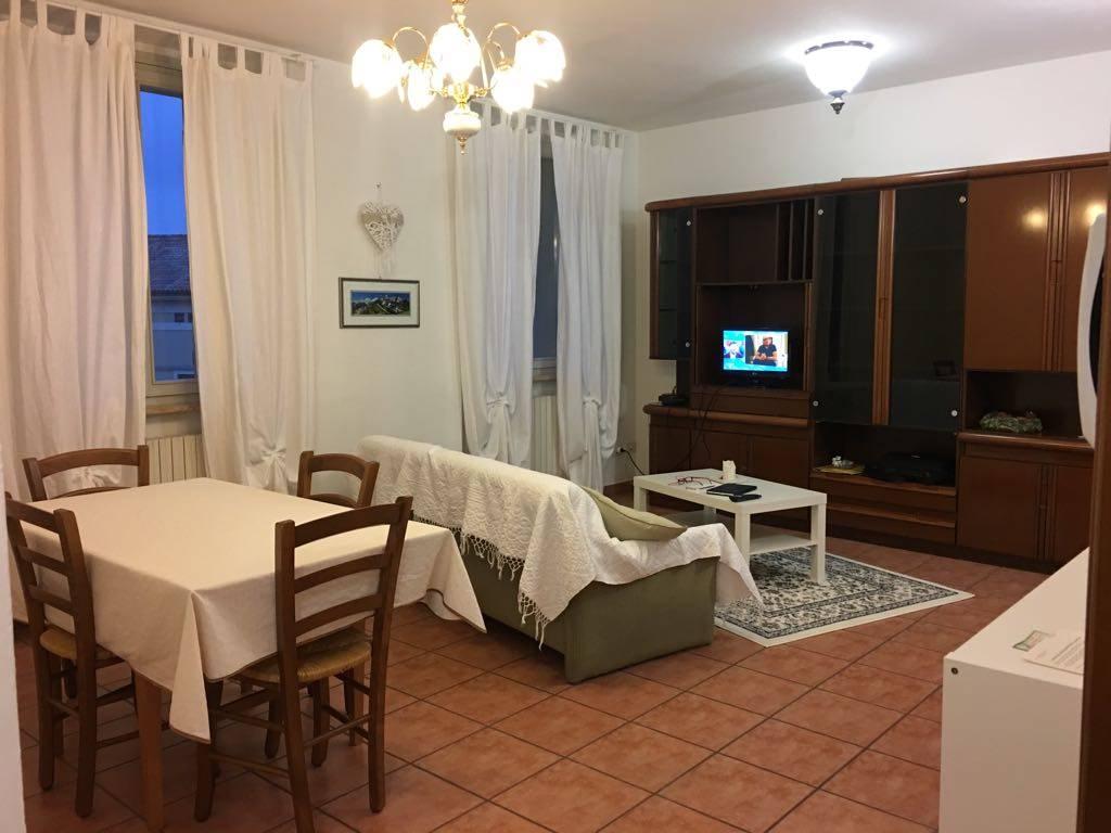 Appartamento in affitto a Scandiano, 4 locali, prezzo € 500 | Cambio Casa.it