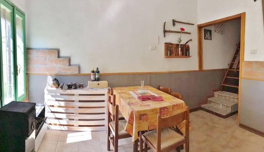 Soluzione Indipendente in vendita a Bagnolo San Vito, 3 locali, zona Zona: Correggio Micheli, prezzo € 26.000 | CambioCasa.it