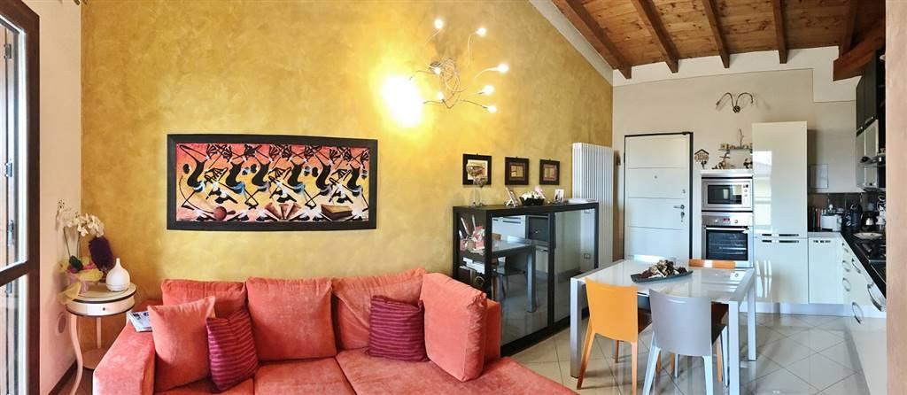Appartamento in vendita a Villimpenta, 3 locali, prezzo € 78.000 | CambioCasa.it