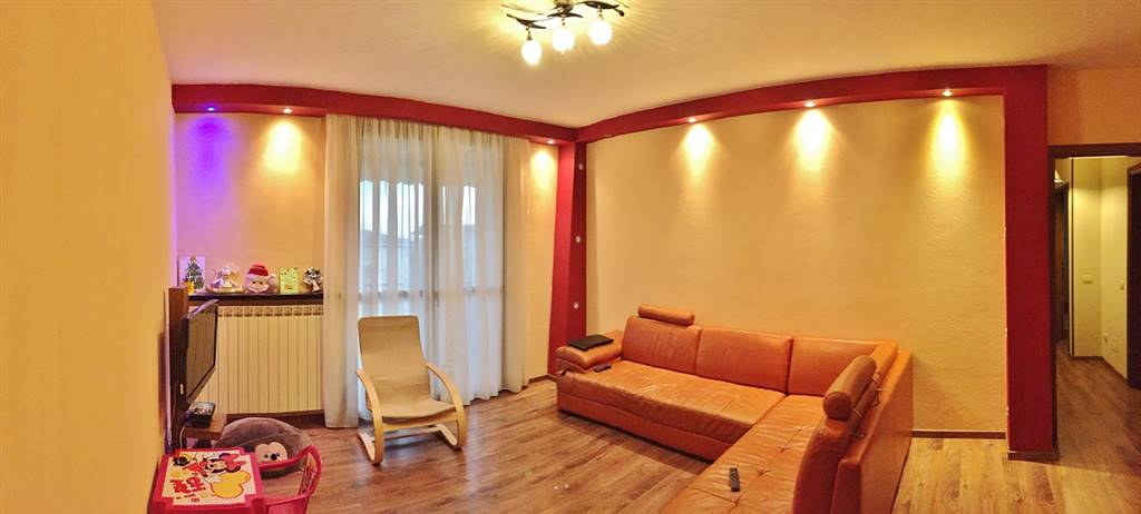 Appartamento in vendita a Castel d'Ario, 5 locali, zona Zona: Centro Urbano, prezzo € 120.000   Cambio Casa.it