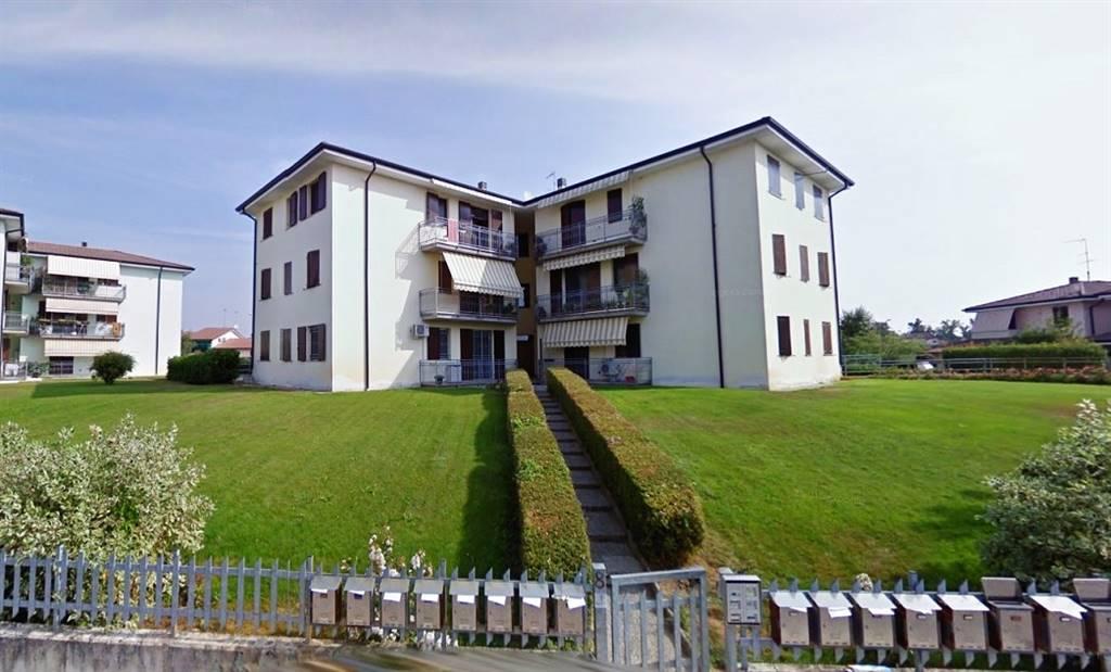 Appartamento in vendita a Castel d'Ario, 3 locali, zona Zona: Centro Urbano, prezzo € 74.000   Cambio Casa.it