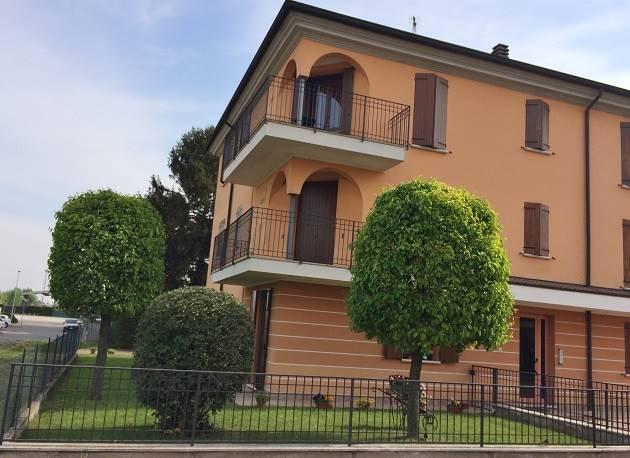 Appartamento in vendita a Castelbelforte, 3 locali, prezzo € 93.000 | CambioCasa.it