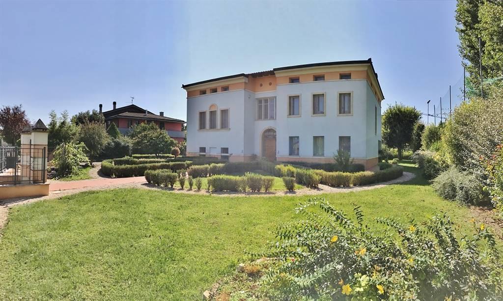Appartamenti e case in vendita a roverbella for Piani casa mn