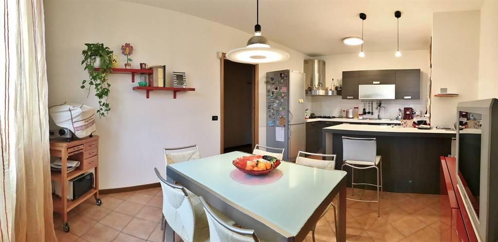 Villa Bifamiliare in vendita a Castelbelforte, 6 locali, prezzo € 155.000 | CambioCasa.it