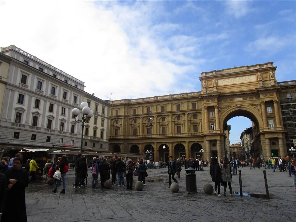 Attività commerciale Affitto Firenze
