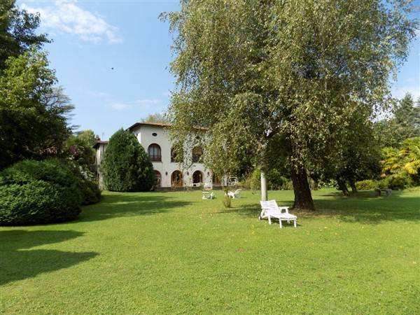 Villa-Villetta Vendita Arona