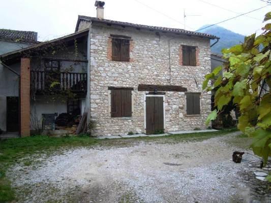Rustico / Casale in vendita a Cison di Valmarino, 6 locali, prezzo € 130.000 | CambioCasa.it