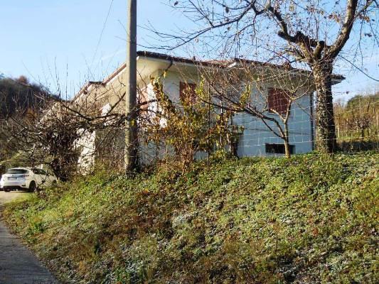 Villa Bifamiliare in Vendita a Miane