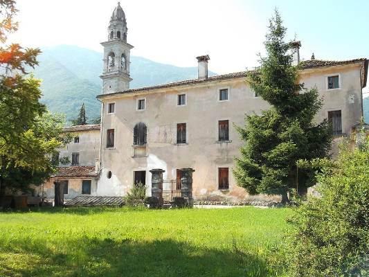 Villa in vendita a Follina, 18 locali, Trattative riservate | CambioCasa.it