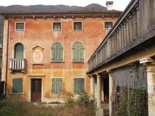 Villa in vendita a Follina, 15 locali, Trattative riservate | CambioCasa.it