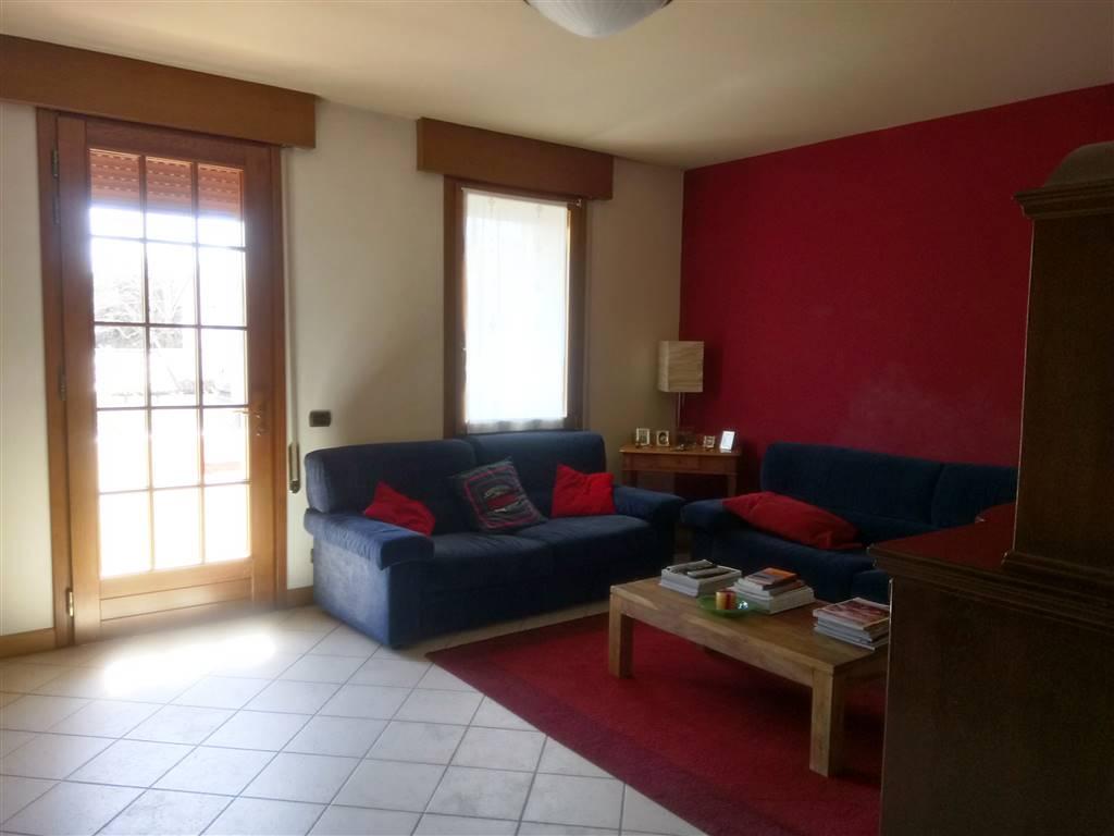 Appartamento in vendita a Follina, 5 locali, prezzo € 180.000 | CambioCasa.it