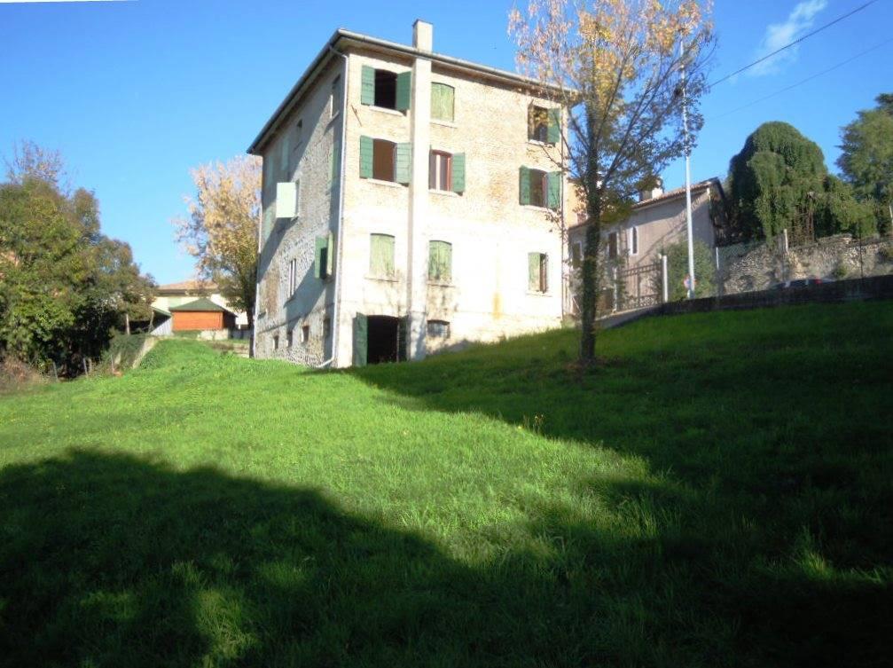 Soluzione Indipendente in vendita a Refrontolo, 5 locali, prezzo € 140.000 | CambioCasa.it