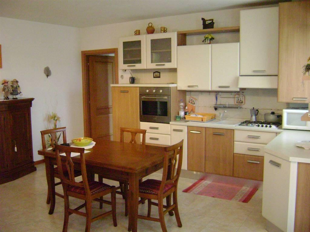 Appartamento in vendita a Sernaglia della Battaglia, 3 locali, prezzo € 125.000   CambioCasa.it