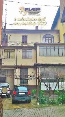 Appartamento in vendita a Gravellona Toce, 8 locali, prezzo € 120.000   CambioCasa.it