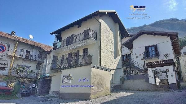 Soluzione Indipendente in vendita a Gravellona Toce, 4 locali, prezzo € 35.000   CambioCasa.it