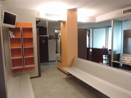 Ufficio / Studio in vendita a Alessandria, 6 locali, prezzo € 295.000 | CambioCasa.it