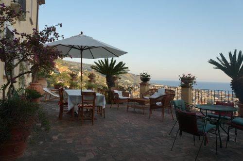 Villa in vendita a Amantea, 9999 locali, Trattative riservate   CambioCasa.it