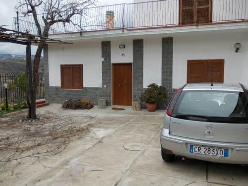 Villa in Affitto a Cosenza