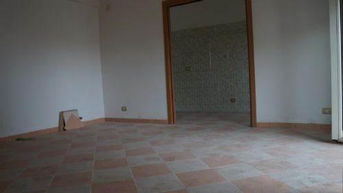Appartamento in vendita a Cosenza, 5 locali, prezzo € 175.000 | CambioCasa.it