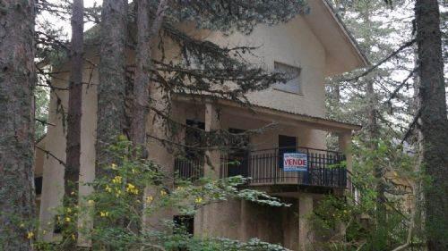 Villa in vendita a Celico, 10 locali, zona Zona: Fago del Soldato, prezzo € 90.000 | CambioCasa.it