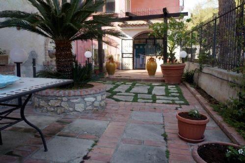 Villa in Vendita a Fuscaldo