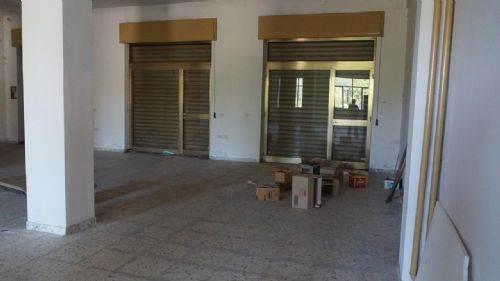 Negozio / Locale in vendita a Mangone, 9999 locali, prezzo € 230.000 | CambioCasa.it