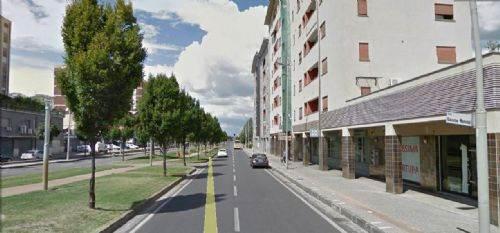 Negozio / Locale in affitto a Cosenza, 9999 locali, prezzo € 100   CambioCasa.it