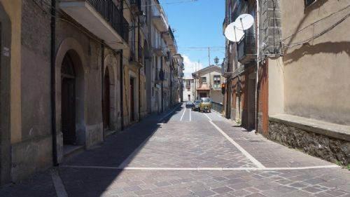 Palazzo / Stabile in vendita a San Fili, 6 locali, prezzo € 300.000 | CambioCasa.it