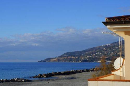 Appartamento in vendita a Cetraro, 5 locali, zona Località: CETRARO MARINA, prezzo € 280.000 | CambioCasa.it