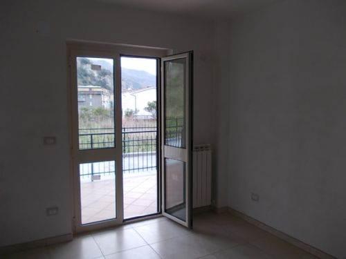 Appartamento in vendita a Guardia Piemontese, 3 locali, prezzo € 70.000 | CambioCasa.it