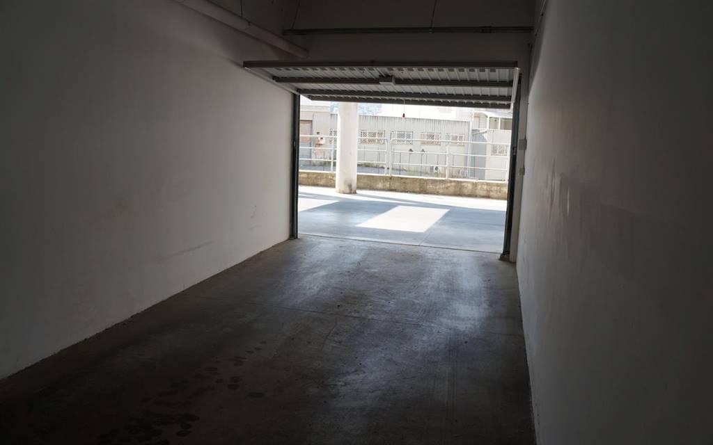 Box / Garage in affitto a Cosenza, 9999 locali, zona Zona: Via Panebianco, prezzo € 150 | CambioCasa.it