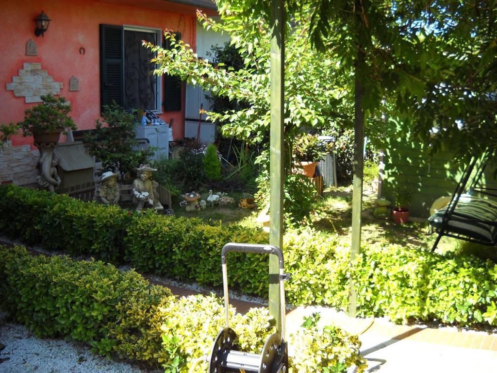 Rif 8326RV70754 –  Casa semi indipendente a CARRARA