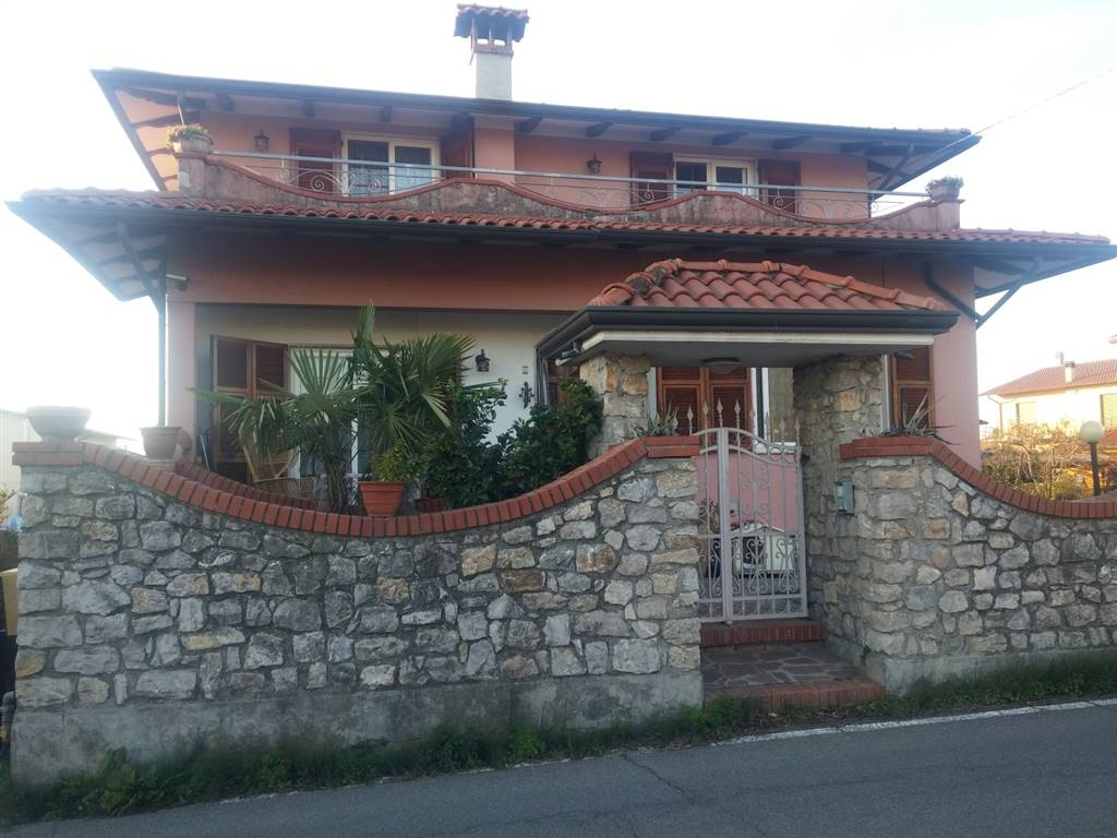 Rif 8326RV59456 –  Casa singola a ORTONOVO