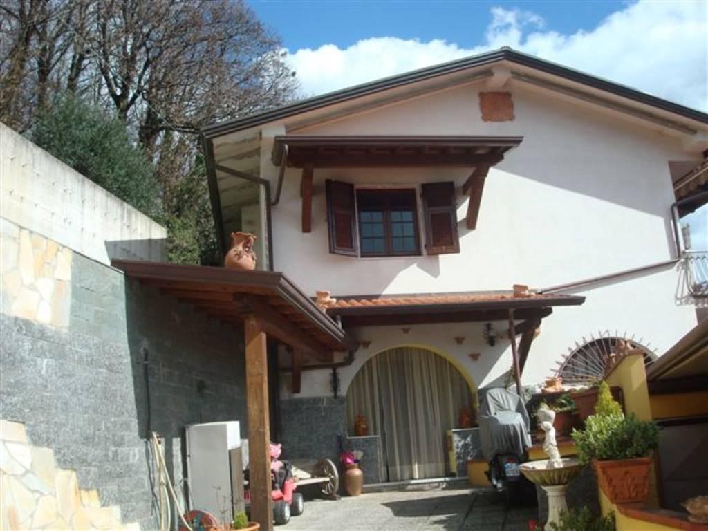Rif 8326RV15257 –  Villa a MASSA