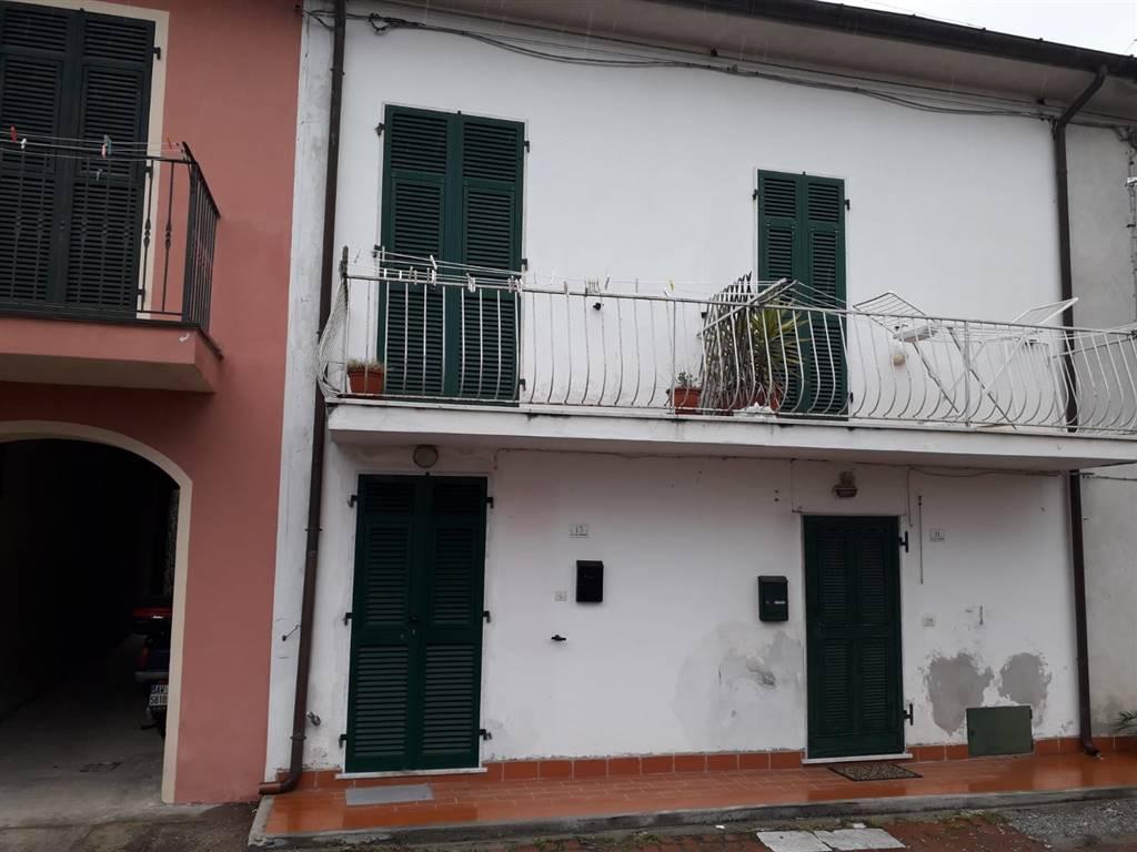 Rif 8326RV46001-3015 –  Casa semi indipendente a FOSDINOVO