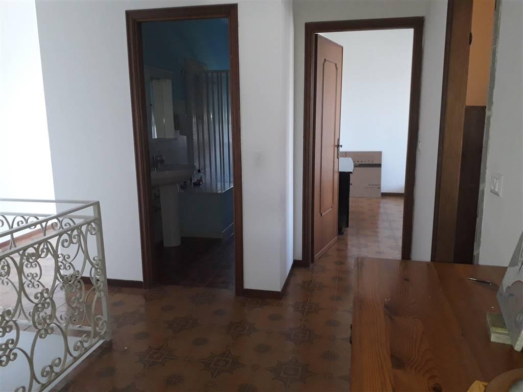 Rif 8326RA10620 –  Appartamento a ARCOLA
