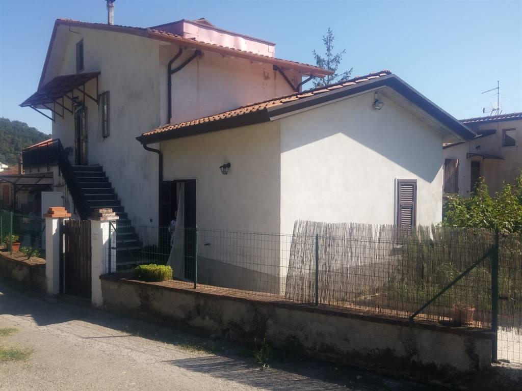 Rif 8326RV92197 –  Villa bifamiliare a CASTELNUOVO MAGRA