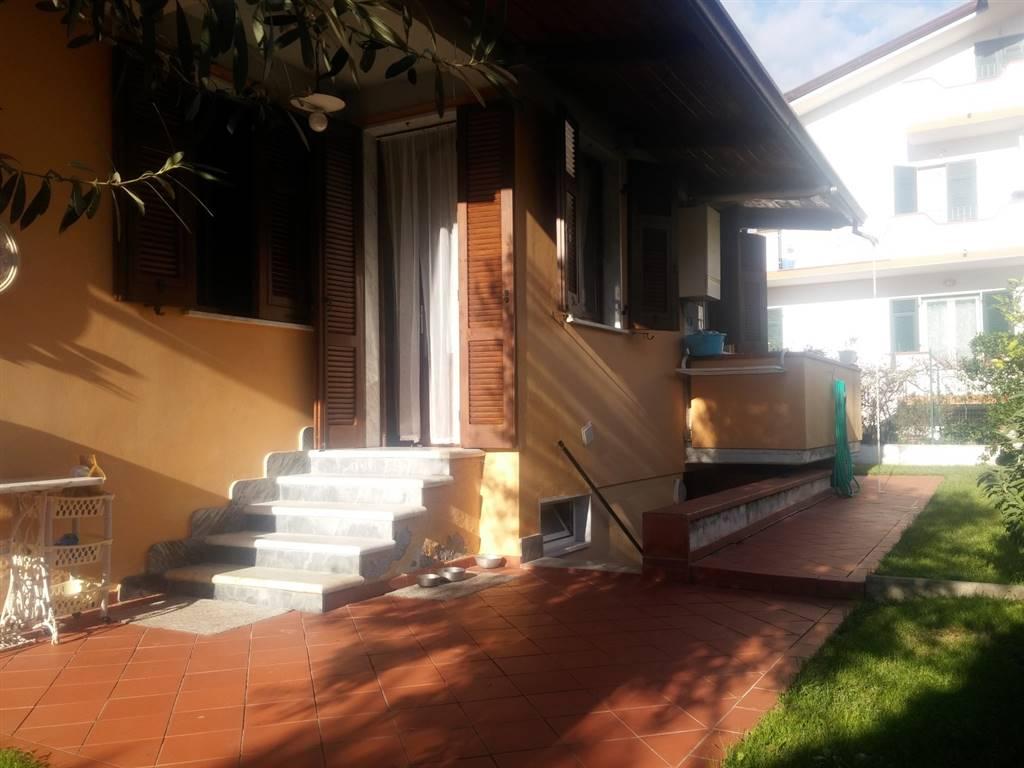 Rif 8326RV54030 –  Casa singola a MASSA