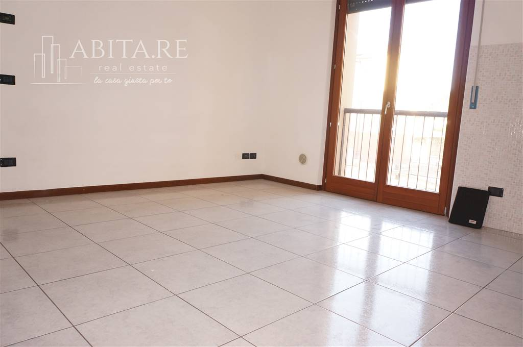 Appartamento in vendita a Caldiero, 3 locali, prezzo € 125.000 | CambioCasa.it