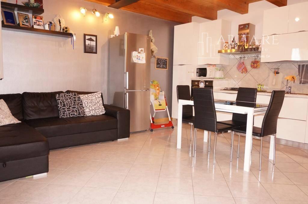 Appartamento in vendita a Caldiero, 3 locali, zona Località: CALDIERINO-ROTA, prezzo € 92.000 | CambioCasa.it