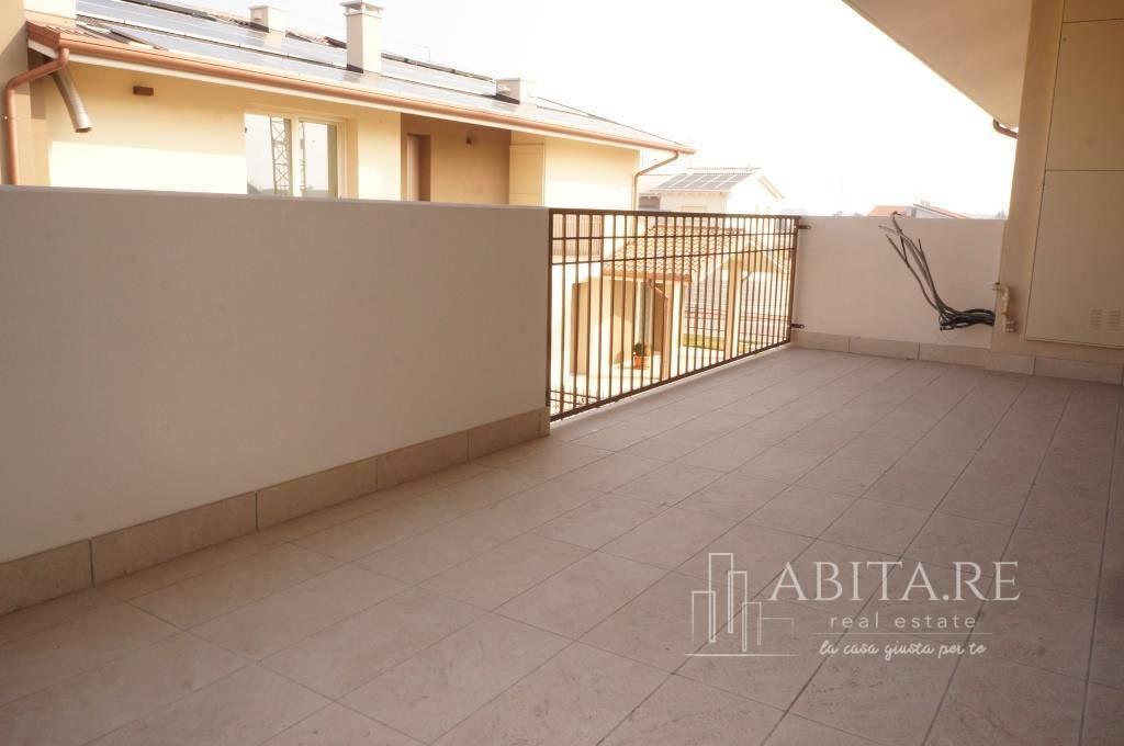 Appartamento in vendita a Belfiore, 4 locali, prezzo € 195.000 | CambioCasa.it