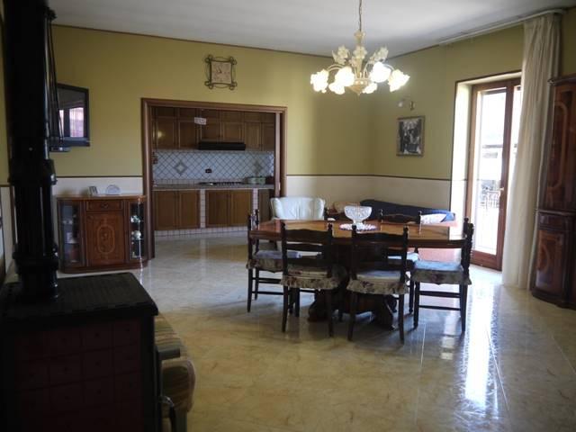 Palazzo-stabile Vendita Succivo