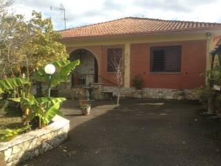 Soluzione Indipendente in affitto a Aiello del Sabato, 4 locali, prezzo € 480 | CambioCasa.it