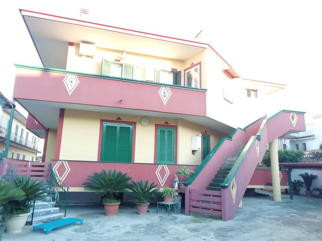 Villa-Villetta  in Vendita a Macerata Campania